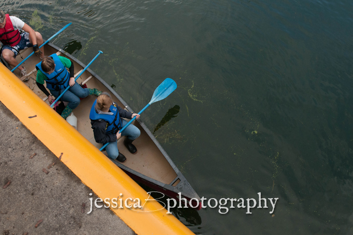 canoe in the erie canal